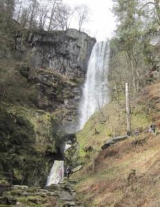 falls at llanrhaeadr